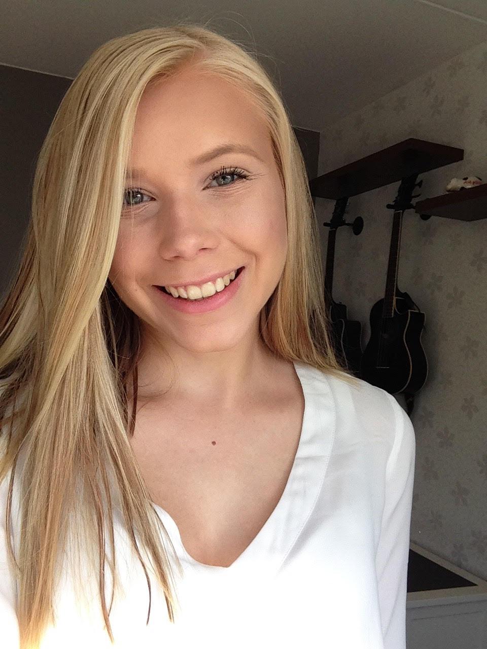 ROOSA LAAKSO, 20, HYVINKÄÄ